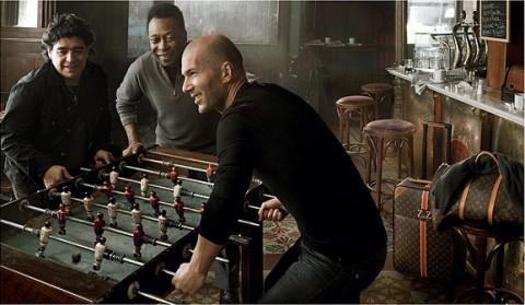 Pelé, Maradona és Zidane csocsózik a Louis Vuitton vb-reklámban
