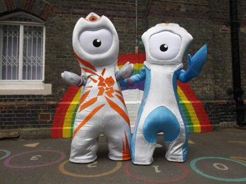 Wenlock és Mandeville, a londoni olimpia kabalafigurái