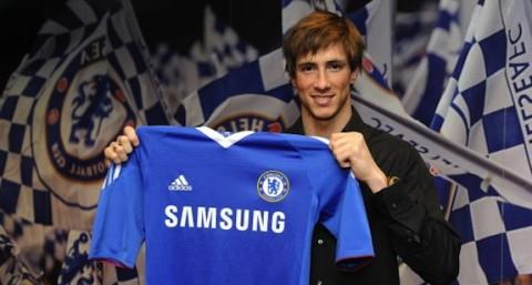 Fernando Torres a Chelsea mezével