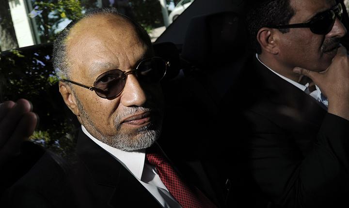 Életre szóló eltiltást kapott Bin Hammam a FIFA-tól