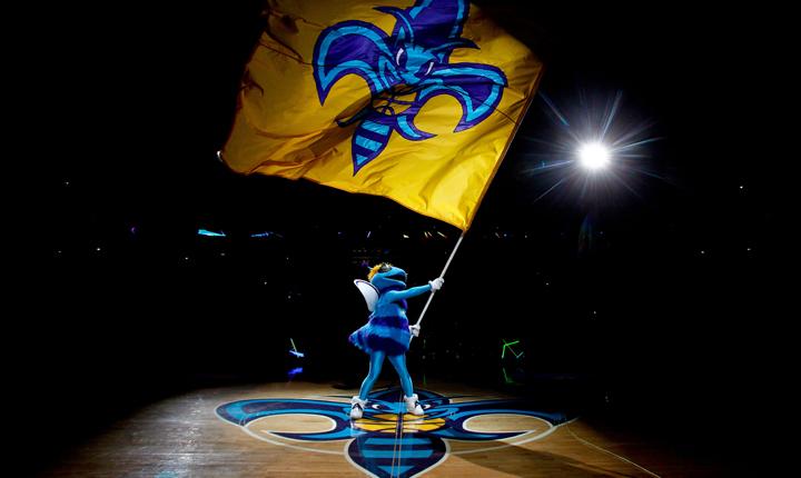 New Orleans Hornets: tulajdonos nincs, szponzor van