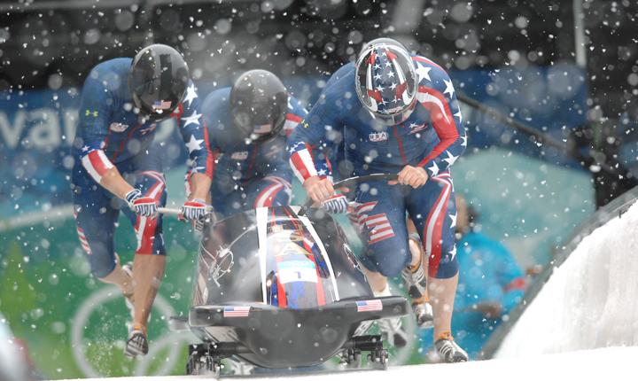 Katonai szervezet szponzorálja az amerikai bob válogatottat