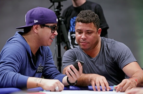 Ronaldo pókerezik