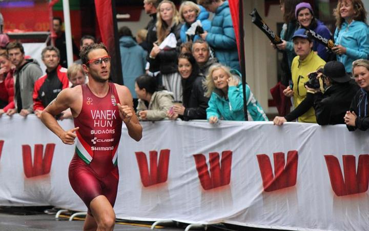 Duplázott a legjobb magyar triatlonos