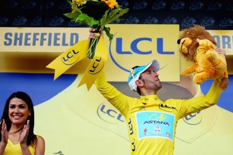 Vincenzo Nibali sárga trikóban