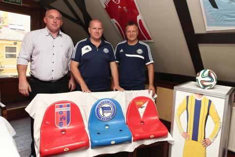 Megérkeztek a csákvári fair play szektor székei