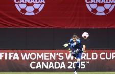 Tiltakoznak a műfüves világbajnokság ellen a női labdarúgók