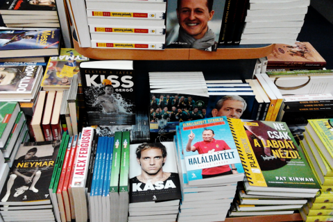 Sportkönyvek