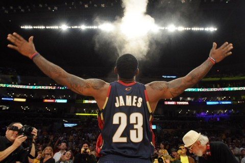LeBron James krétapor dobása