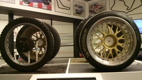 Race-car-tyres