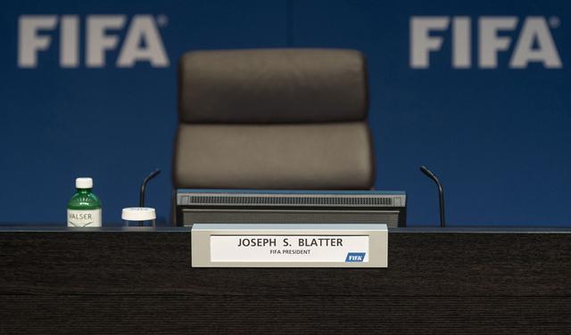 Blatter name plate