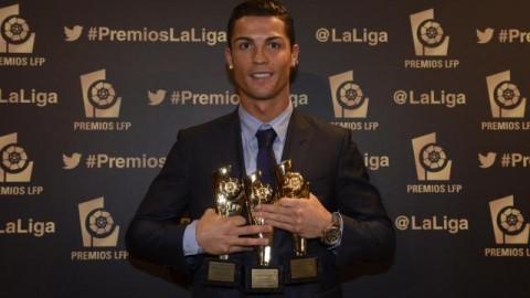 Cristiano Ronaldo néhány díjjal a sok közül