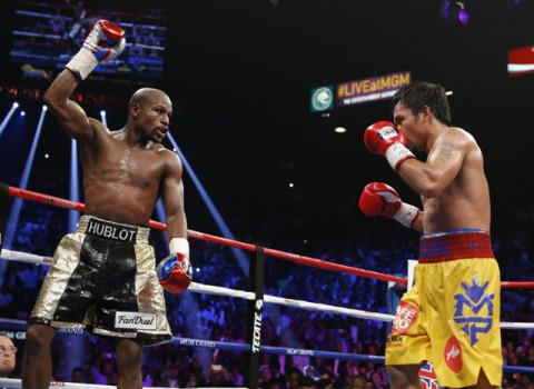 Floyd Mayweather és Manny Pacquaio küzdelme a ringben