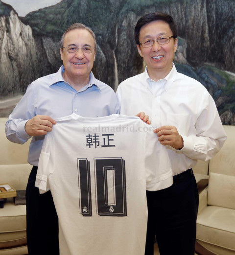 Perez és Han Zhen