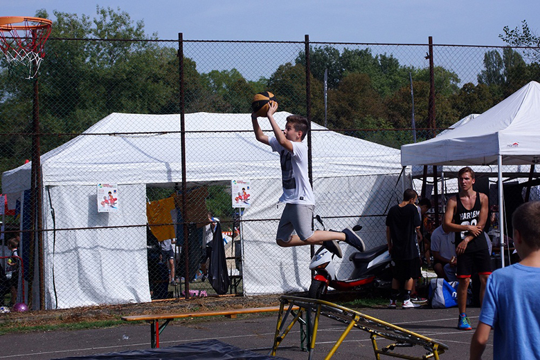 nsv-akrobatikus-kosarlabda