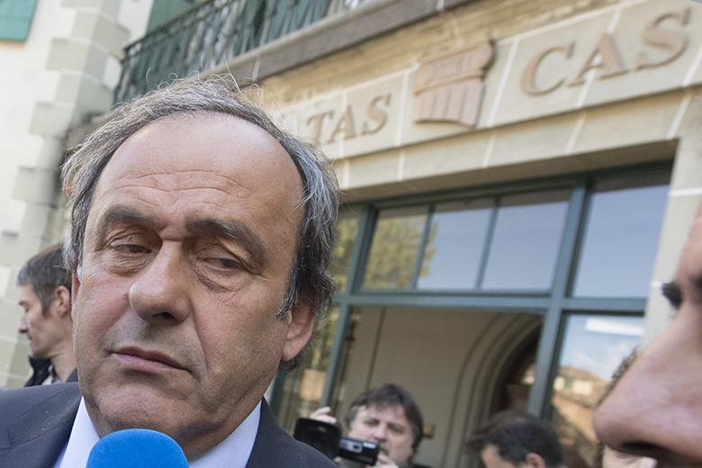Platini-a-CAS-epulete-elott