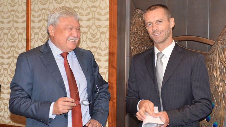 Csányi Sándor és Aleksandar Ceferin (Fotó: MLSZ)
