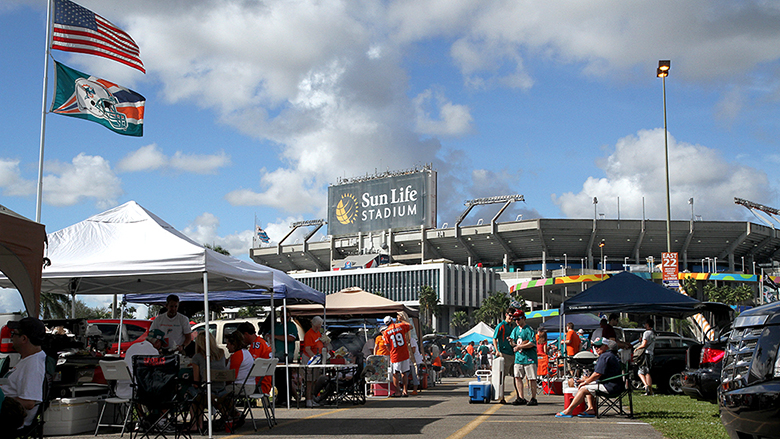 Miami Dolphins tailgaters outside Sun Life Stadium