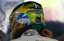 A szurkolók tervezhetik meg Lewis Hamilton idei sisakját