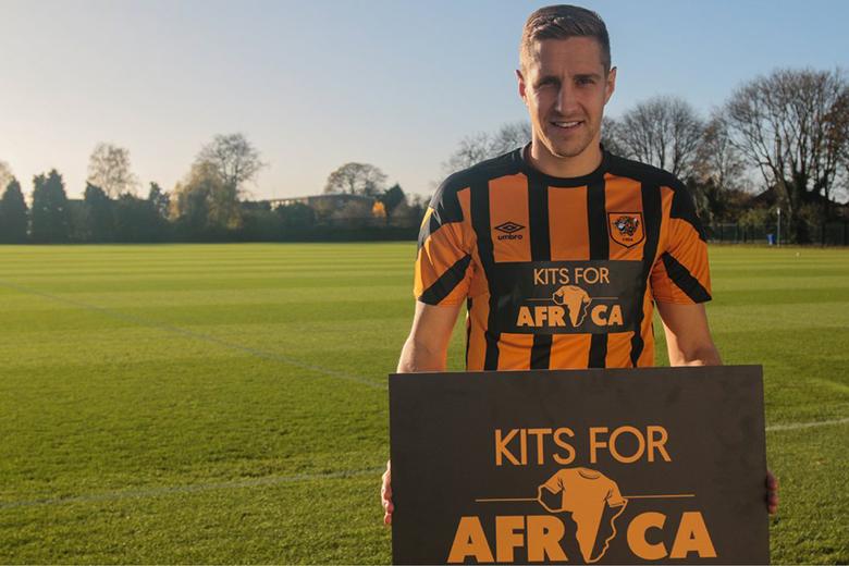 Afrikai amatőr csapatoknak gyűjt mezt 3 Premier League klub